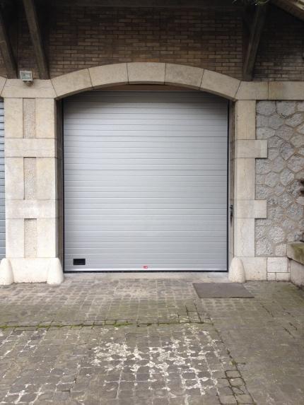 Porte sectionnelle, vue extérieure fermé