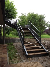 Escalier en acier et bois