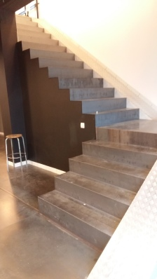 Habillage escalier acier brut