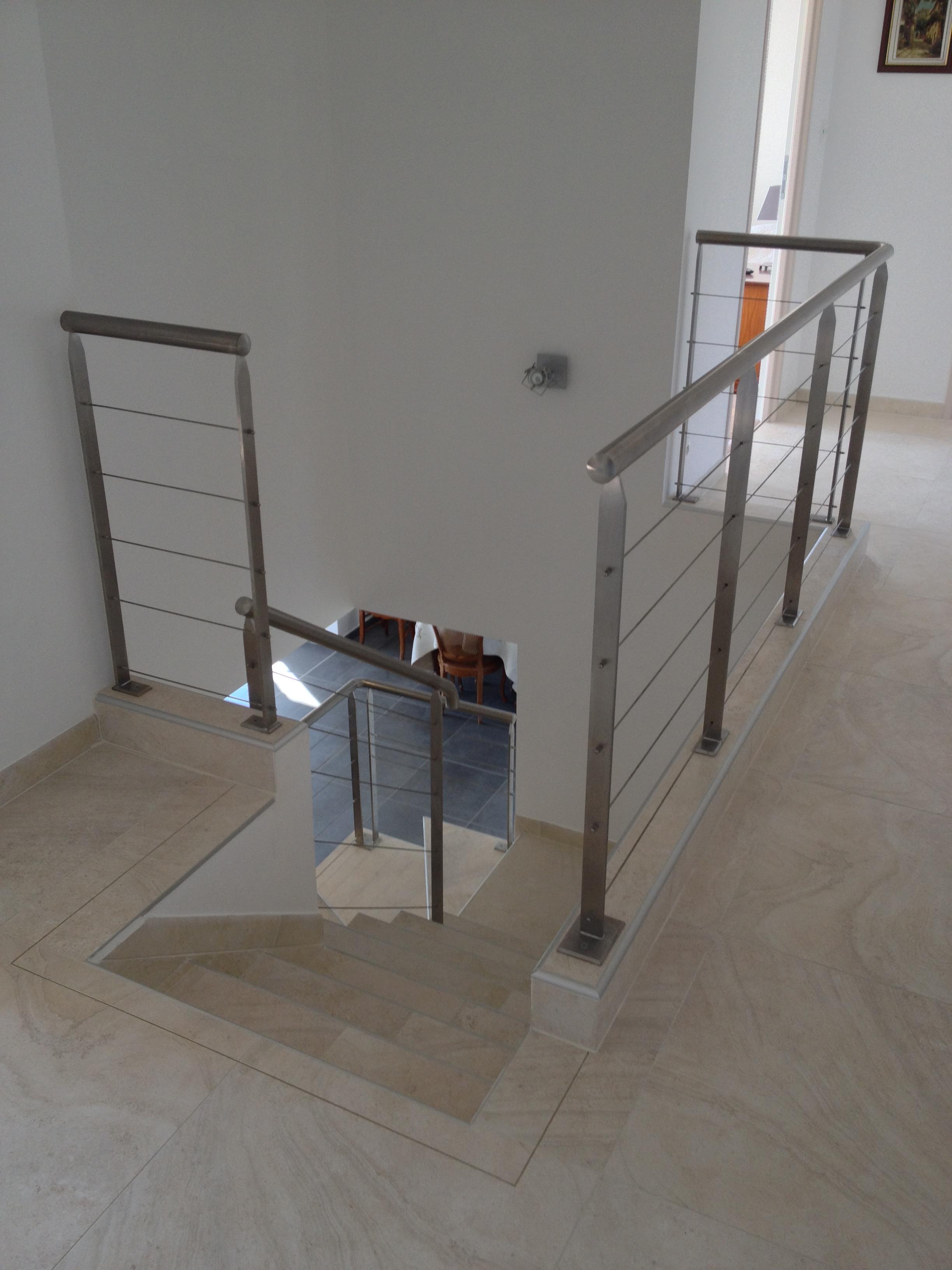 garde corps m tal entreprise guillot serrurier. Black Bedroom Furniture Sets. Home Design Ideas