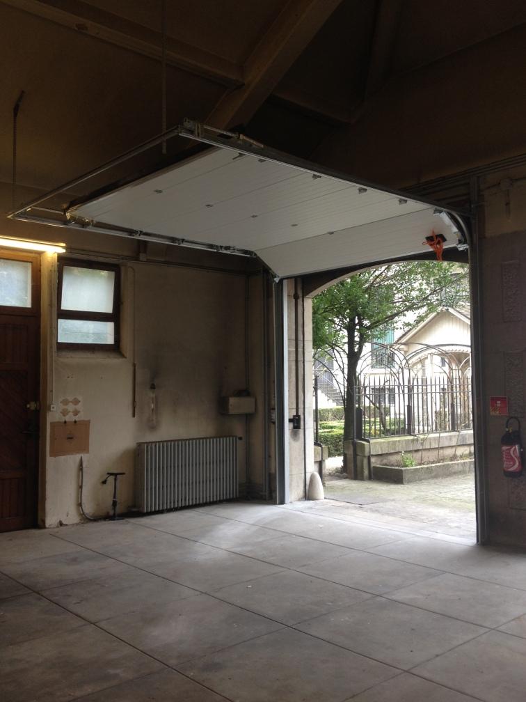 Porte sectionnelle, vue intérieure ouvert